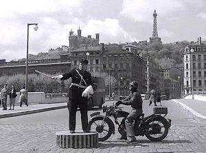 Rondpoint au Pont la feuillée Thérèse Raquin © Thérèse Raquin