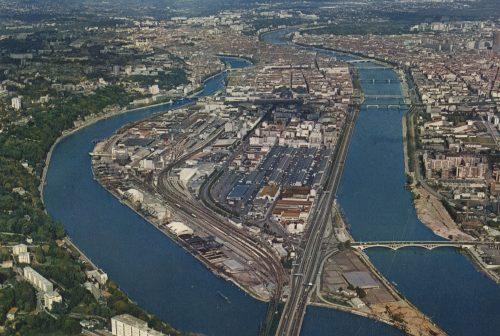 Vue aérienne de la Confluence en 1980 - 4fi5703 ©Archives municipales de Lyon