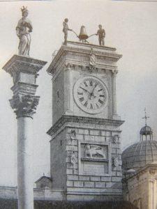 La Tour d'Horloge à Udine, avec ses jacquemarts, sa cloche et son lion de Saint-Marc © Alfred Ungerer / Alinar